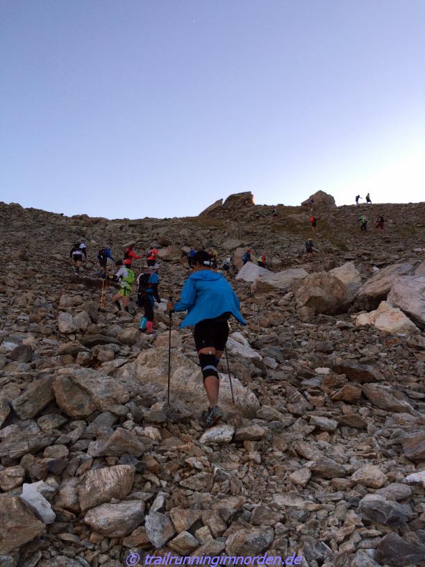 Die letzten Meter bis zum Col des Pyramides Calcaires