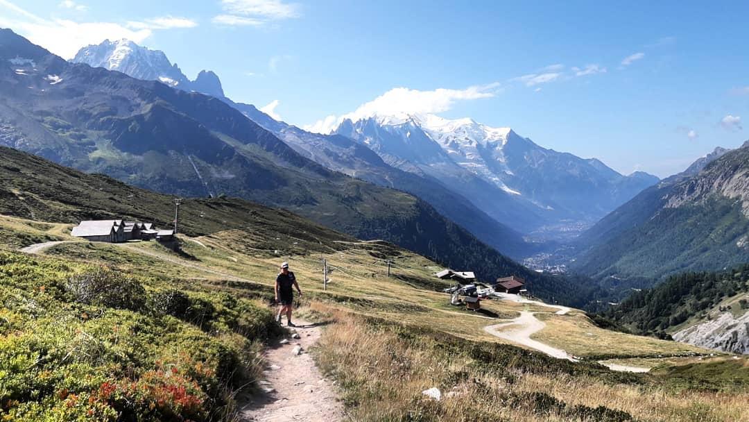 Halbtägige Ausflügelei mit @corinnarennt im Französisch-Schweizer Grenzgebiet @utmbmontblanc