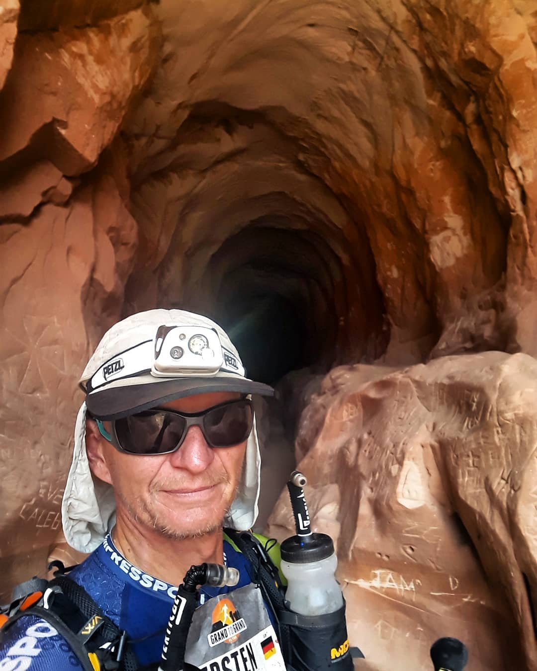 26.09.2019: Heute war auch der letzte im Tunnel ... stage 4 ... traumhafte Felsformationen auf 44 Kilometern. Warm wars nicht wirklich. 31°C sagte mir der kleine Sensor am Rucksack.